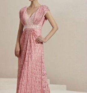 Роскошное вечернее платье