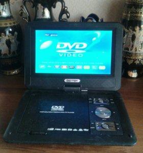 Протатипный DVD cTV и внутренней батареей.