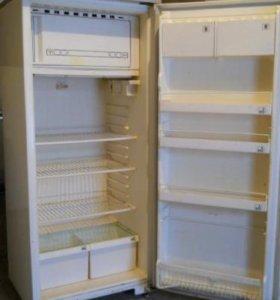 Продам холодильник Полюс-10