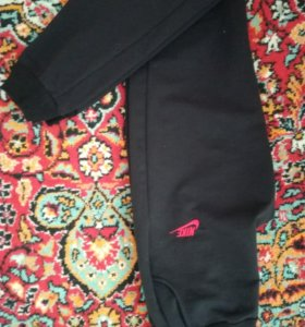 Продам спортивные штаны(новые)