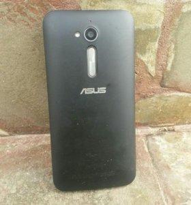 Телефон ASUS ZB500KL