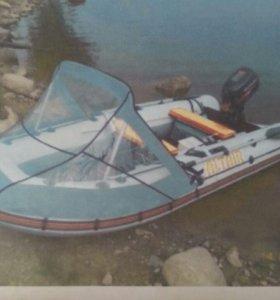 резиновая лодка и лодочный мотор