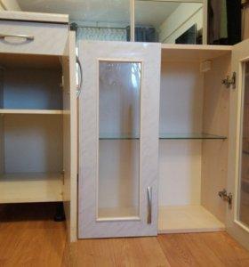 Шкафчик шкаф для кухни. Кухонный гарнитур