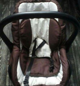 Кресло-переноска для авто