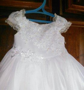 Платье на девочку от 4-6лет.