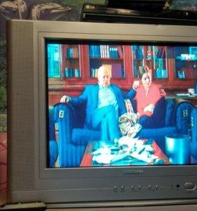 Продаю телевизор за 2000 двд 1000