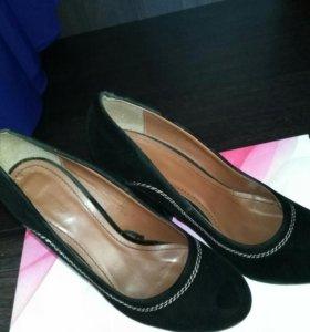 Туфли. размер 37-37,5. торг