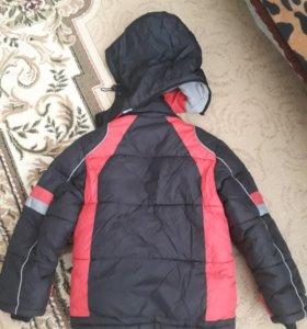 Очень теплая куртка на мальчика с 3-до 7 лет