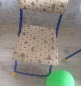 Стол со стулом