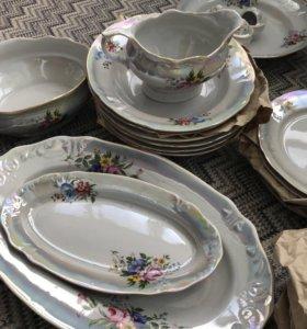 Новый набор посуды (45 предметов)