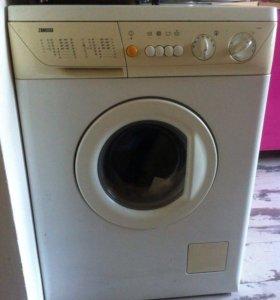 """Продаётся стиральная машина-""""ZANUSSI"""""""