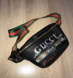 Кожаная сумка на пояс Gucci