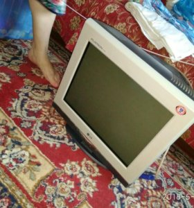 Монитор компьютерный (LG)
