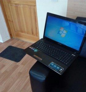 Отличный офисный ноутбук от Asus c 4 гигами