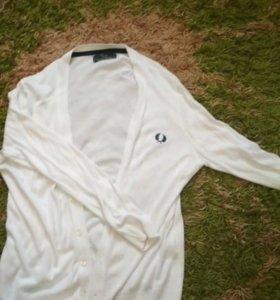 Белая кофта Fred Perry