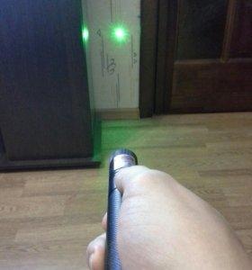 Довольно мощный лазер (лазерная указка)