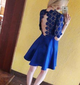 Платье василькового цвета