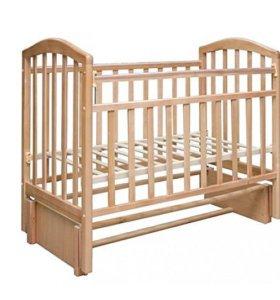 Кроватка детская с ортопед матрацем.
