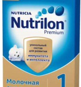 Молочная детская смесь Nutrilon