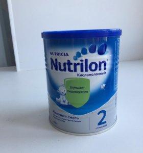 Молочная смесь Nutrilon кисломолочный 2