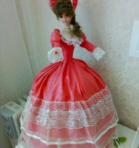 Кукла танцующая на батарейках