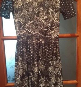 Платье кружевное р.44