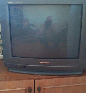 Телевизор панасоник и дживиси
