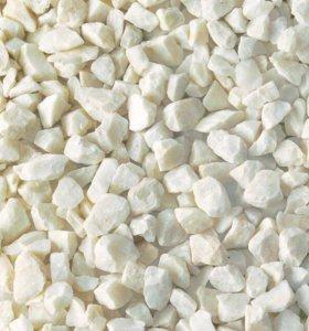 Щебень мраморный цвет белый