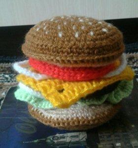 Вязаный гамбургер