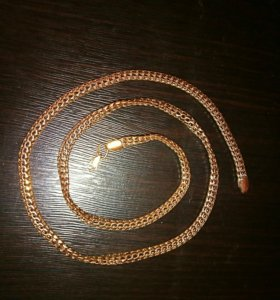 Золотая цепочка, вес 11 грамм, длина 51 см.