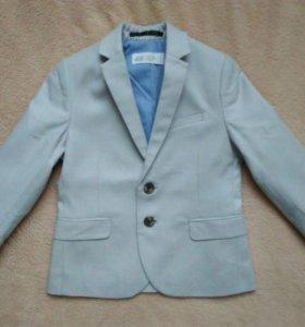 Новый пиджак (98см)
