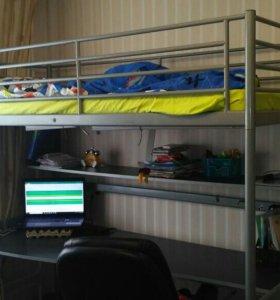 Кровать - чердак с матрасом