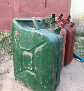 Канистра металическая 20 литров