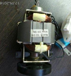 электро мотор.MODEI. HC 7030DIVA VILAGE 220 V 50 H