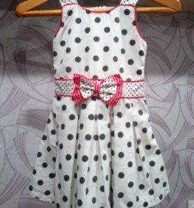 Красивое платье р.116