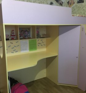 Детский уголок, (кровать, стол, шкаф)