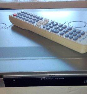 DVD Плеер DAEWOO DV-1350S