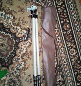 штатив для фото и видеокамеры