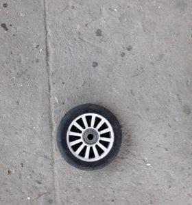 2 колеса на трюковой самокат