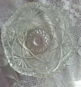 Тарелка хрустальная