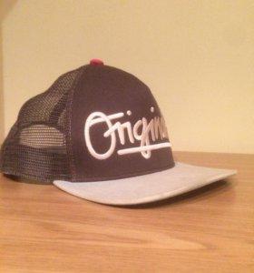 Adidas originals кепка