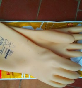 Диэлектрические перчатки с протоколом проверки .