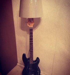 Светильник торшер гитара