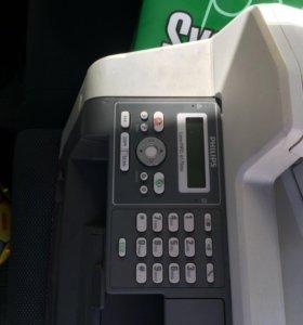 Мфу принтер как новый. Картридж оригинал.