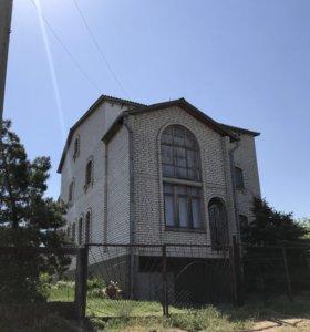 Коттедж, 390 м²