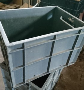 Ящик пластиковый сплошной 400*300*270