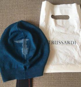 Шапка Trussardi