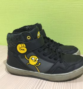 Стильные подростковые ботинки