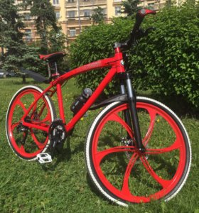 Велосипед на литых дисках BMW RED 26' алюминий