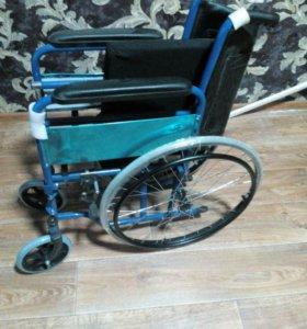 Коляска туалет для инвалидов и пожилых людей